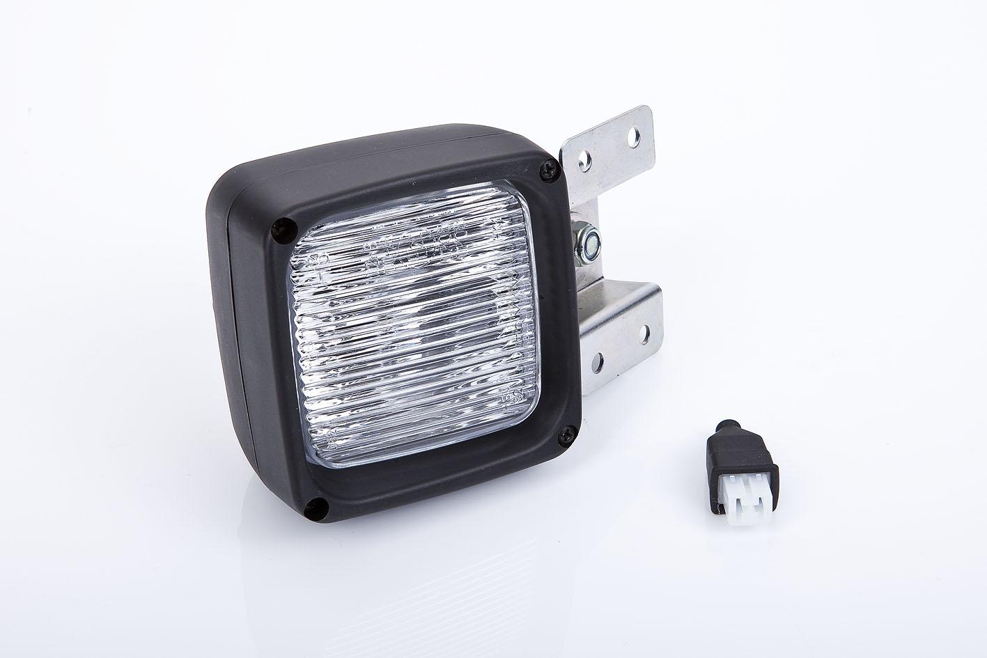 r ckfahrscheinwerfer beleuchtung fahrzeugelektrik. Black Bedroom Furniture Sets. Home Design Ideas